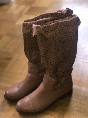 Stiefel mit Lochmuster *wie neu*