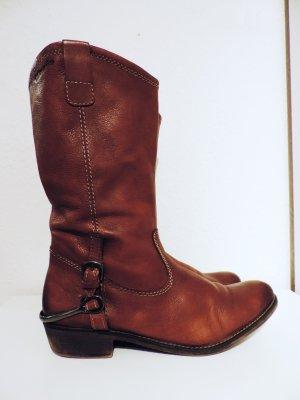 Stiefel mit Reißverschluss und Sporen