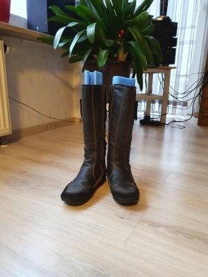 s.Oliver Snow Boots black leather