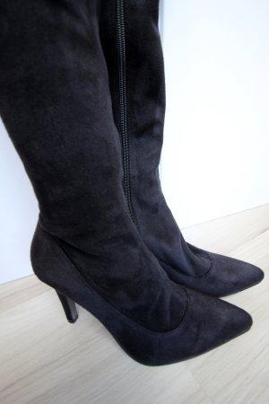 Stiefel (schwarz) - Größe 37