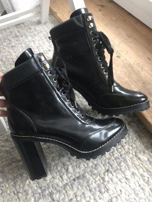 Stiefel Stiefeletten schwarz Lack H&M