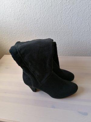 Shoe4you Botas con tacón negro