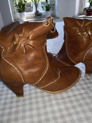 Botas estilo vaquero beige Cuero