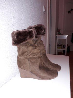 Unbekannte Marke Futrzane buty brązowy