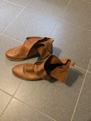 Slip-on Booties cognac-coloured