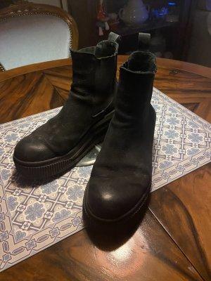 Siena Slip-on Booties black