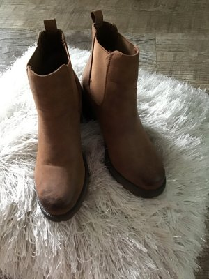 Slip-on Booties russet leather