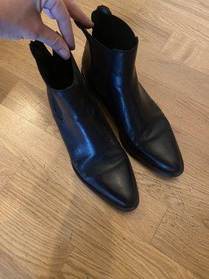 Stiefelette Boots 39 schwarz Leder