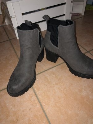 Stiefelette Boots only