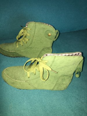 Lace-up Booties grass green