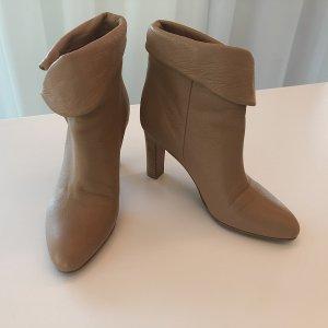 Chloé Zipper Booties beige-camel leather