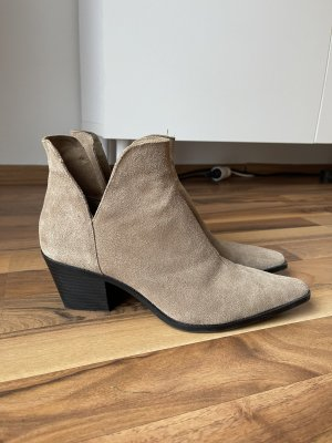 Zara Cut Out Booties beige leather