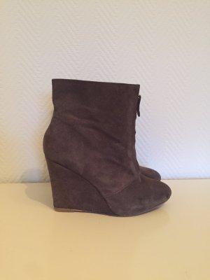 Zara Basic Wedge Booties grey