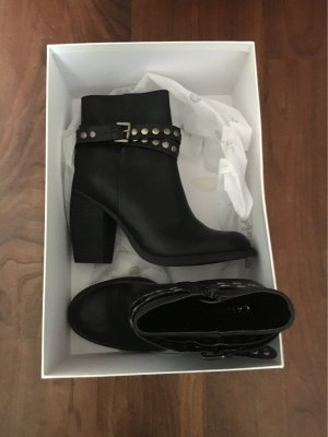 Cut Out Booties black-silver-colored