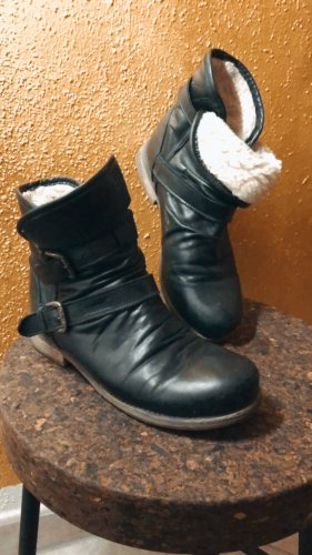 Bama Winter Booties black leather