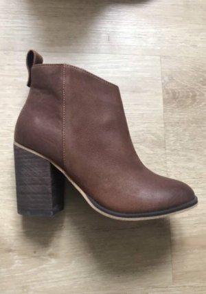 BP Studio Botas de tobillo marrón Cuero