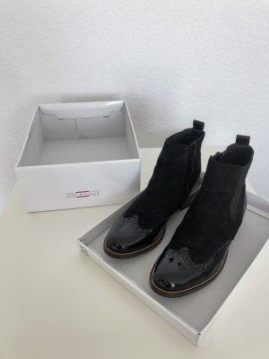 5th Avenue Zipper Booties black