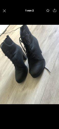 H&M Patucos con cordones negro