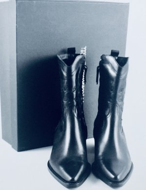 Massimo Dutti Western Booties black leather