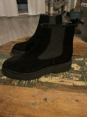 Calvin Klein Jeans Stivaletto cut out nero