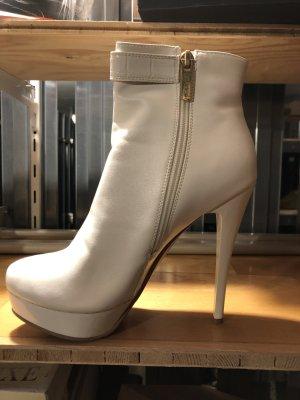 Elisabeth Platform Booties white
