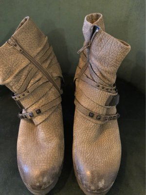 Winter Booties green grey leather