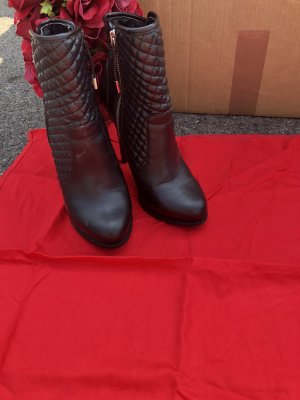 Stiefeletten High Heels  Gr 37 Von Zara Gesteppt schwarz