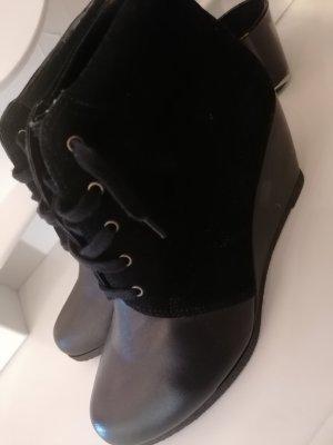 Hush Puppies Buty z krótką cholewką na platformie czarny