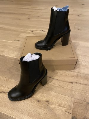 ASOS DESIGN Slip-on Booties black