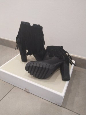 aus Italien Winter Booties black