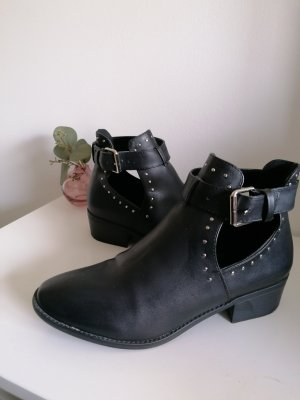 Asos Cut Out Booties black