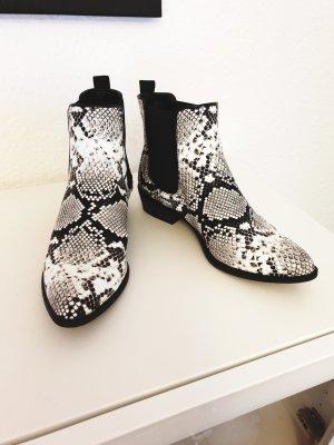 Catwalk Wciągane buty za kostkę biały-czarny