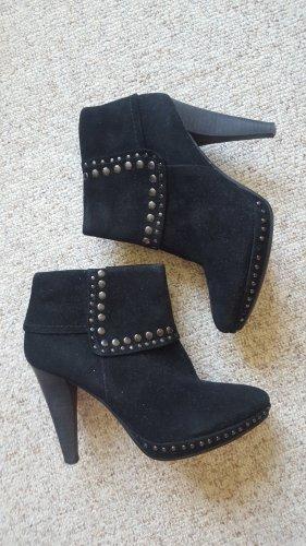 Belmondo Peep Toe Booties black leather