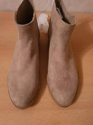 C&A Korte laarzen beige