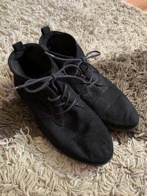 Graceland Lace-up Booties black