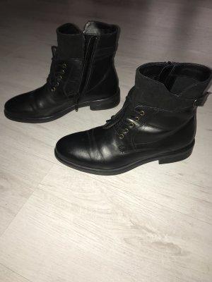 Stiefeletten schwarz Leder