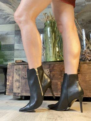 Stiefeletten schwarz spitz Esprit neu mit Etikett  Reißverschluss an der Seite  39