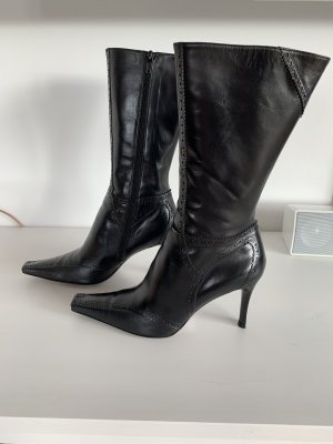 Audley Zipper Booties black leather