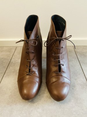 Kiomi Lace-up Booties brown leather