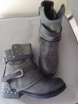 Stiefeletten von Street Shoes