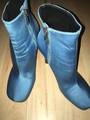 Stiefeletten Zara Gr 38 Satin hellblau