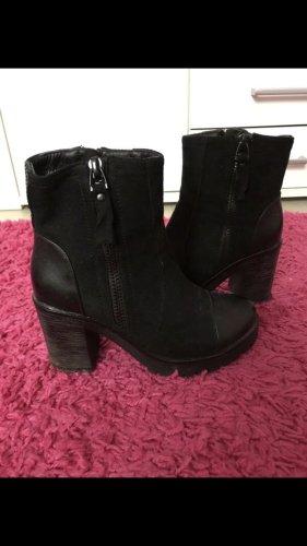 Stiefeln schwarz