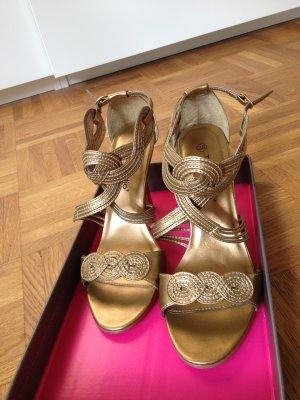 Stiletto Heels mit überkreuzten Riemen  * GOLD *
