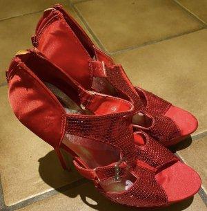 100% Fashion Pumps met bandjes rood
