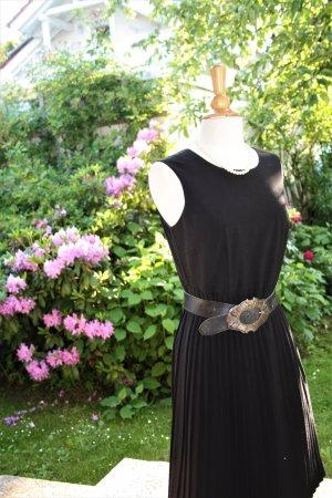 Stilvolles Kleid mit Plissee-Rock von Street One, Gr. 38