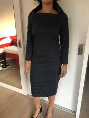 Anette Görtz Falda estilo lápiz azul oscuro