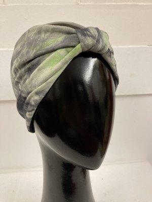Chapeau en tissu kaki-noir