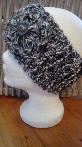 Handarbeit Chapeau en tricot noir-gris