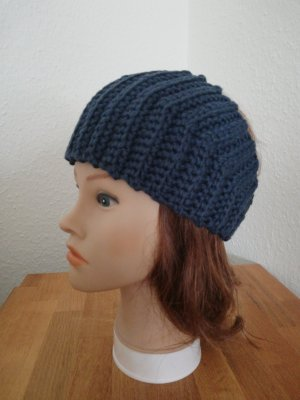 hand gemacht Knitted Hat multicolored
