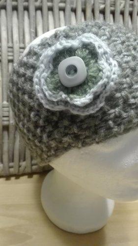 Handarbeit Chapeau en tricot gris clair-gris vert